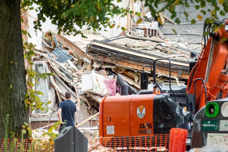 Zware explosie in Wilrijk: drie huizen ingestort, al 3 personen van onder puin gehaald