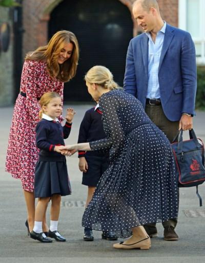 Prinses Charlotte voor het eerst naar school