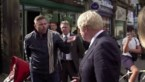 """Britten pakken Johnson hard aan op straat: """"Gaat u alstublieft weg uit mijn stad?"""""""