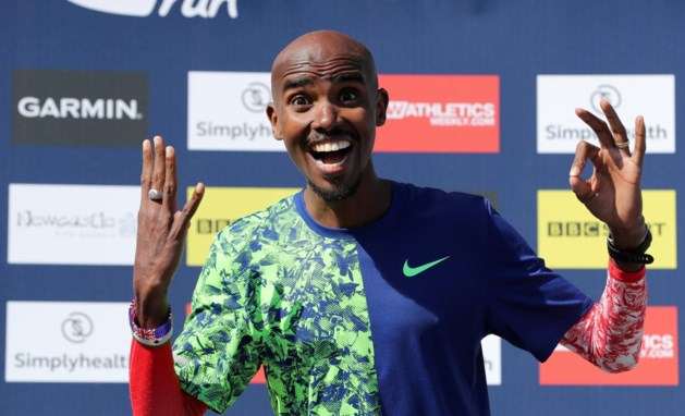 Mo Farah snelt in persoonlijk record naar nieuwe zege in Great North Run, Bashir Abdi is vijfde
