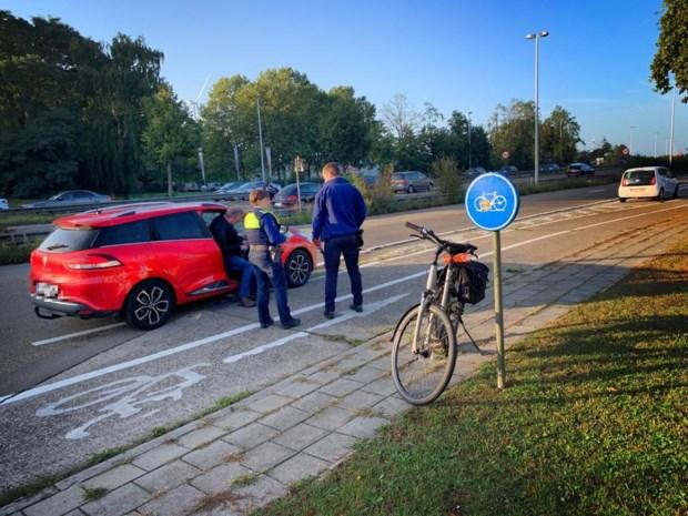 Fietser aangereden op IJzersteenweg in Genk