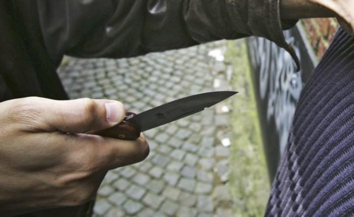 Bewoner Hasseltse Zuivelmarkt haalt uit met mes door nachtlawaai