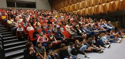 Leerlingen van basisscholen Opglabbeek herdenken 75 jaar bevrijding