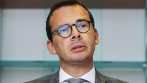 CD&V-doorlichting snoeihard voor voorzitter Beke