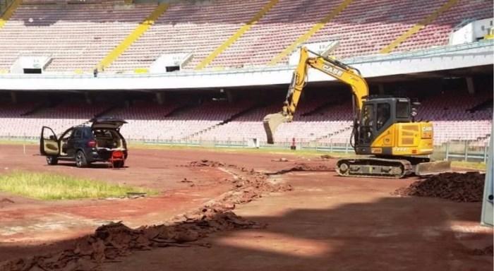 """Renovatiewerken in kleedkamers schokken Napoli-coach Carlo Ancelotti: """"In twee maanden bouw je een huis"""""""