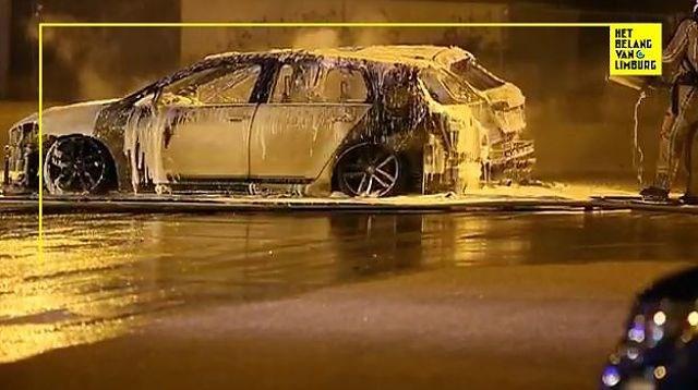 Twee auto's uitgebrand op parking PXL