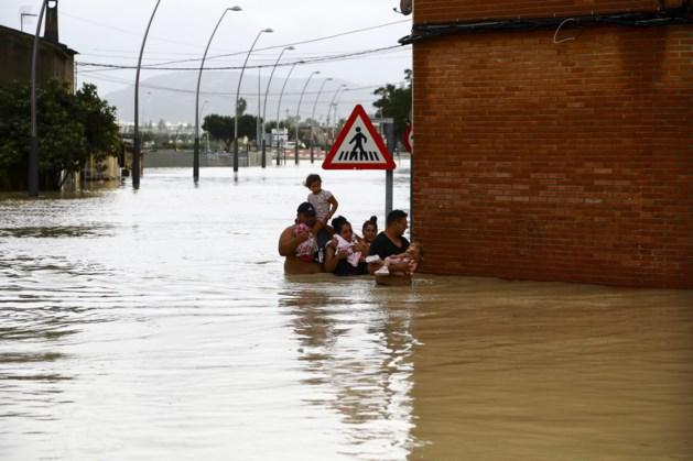 OPROEP. Noodweer in Spanje eist zesde leven, al zeker 3.500 personen geëvacueerd
