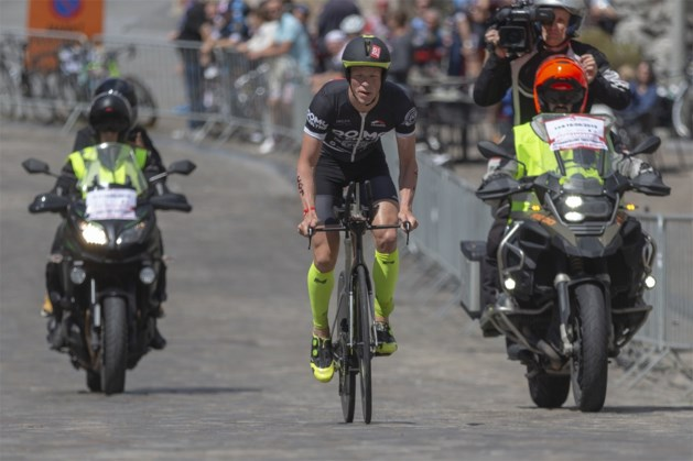 Pieter Heemeryck wint triatlon in Davos