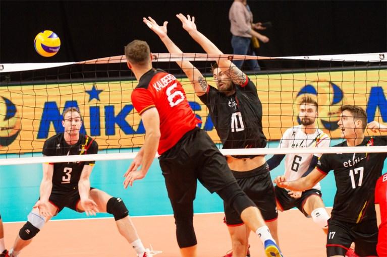 Red Dragons stunten op EK volleybal met zege tegen Duitsland en doen mee voor groepswinst