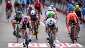 Primoz Roglic steekt eindzege Ronde van Spanje op zak, slotrit in spurt gewonnen door Fabio Jakobsen