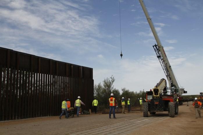 Het paradepaardje van Donald Trump is in gang gezet: bouw van muur aan grens met Mexico is begonnen