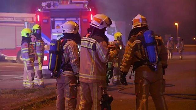 Brand in voormalige douanekantoren langs E25 in Moelingen