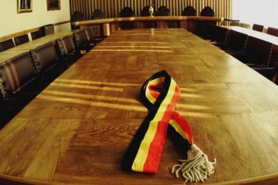 N-VA wil Belgische driekleur bannen van burgemeesterssjerp