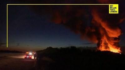 Hevige brand in Genk: brandweer blust nog steeds na