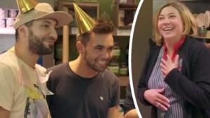 'Thuis'-acteurs verrassen vrouw voor haar verjaardag met zelfgemaakt lied