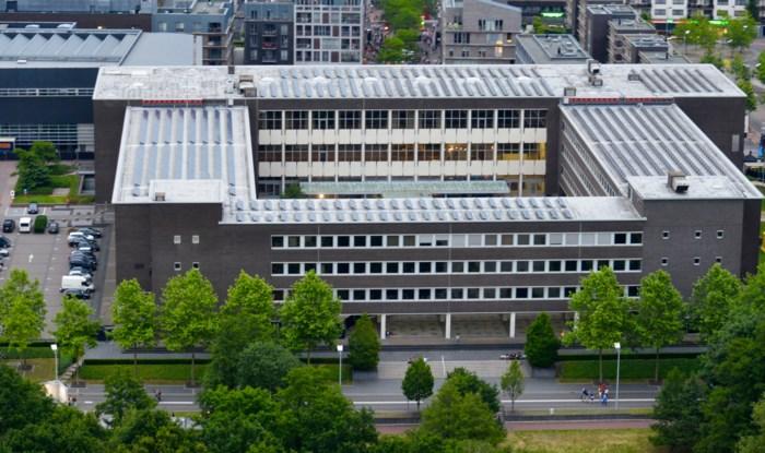 HERBELEEF. Genkse gemeenteraad over Koen Vanmechelen, slimme camera's en koranscholen