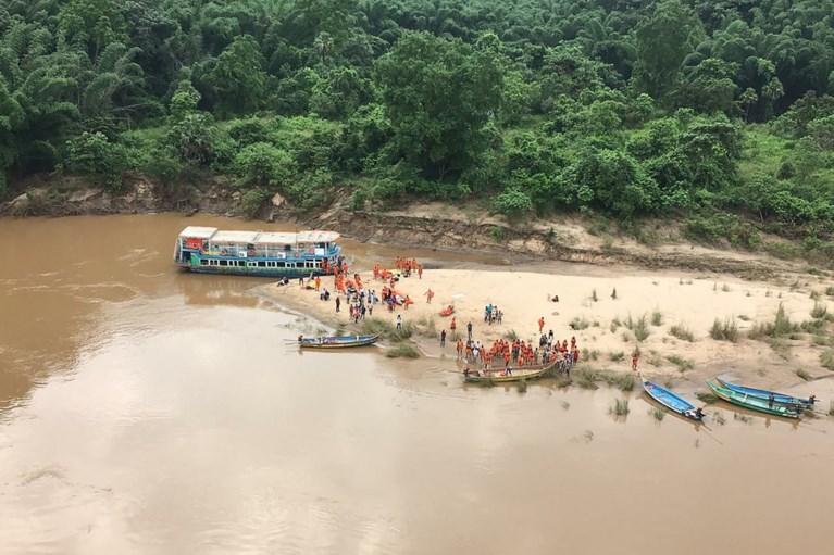 Dodentol bij schipbreuk toeristenboot in India stijgt tot dertig