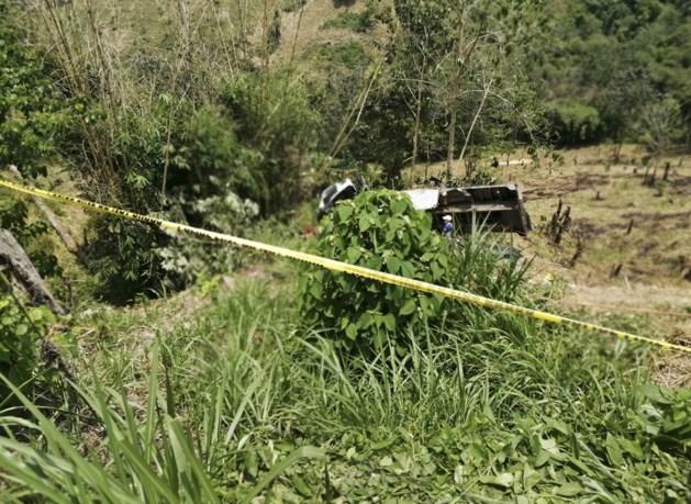Twintig doden nadat vrachtwagen van klif rijdt in Filipijnen