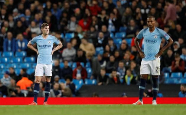 Ze behoren tot de grootste en rijkste clubs van de wereld, maar plots heeft Manchester City nog één centrale verdediger...