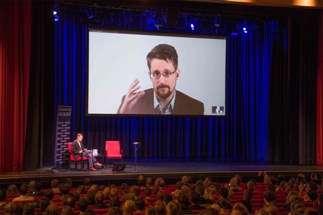 """Rusland probeerde Edward Snowden te rekruteren, """"maar zonder succes"""""""