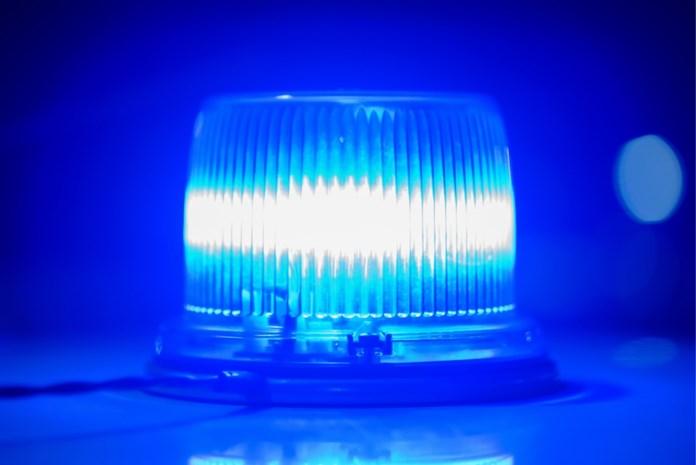 Dronken automobilist rijdt met blauw zwaailicht door centrum van Beringen