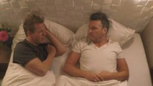Davy Gilles duikt in bed met James Cook voor openhartig gesprek over overspel