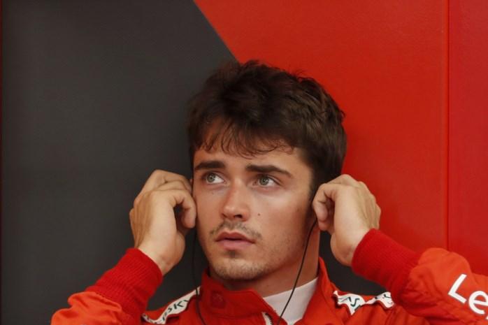 Charles Leclerc verrast met pole in Singapore, Max Verstappen pas vierde