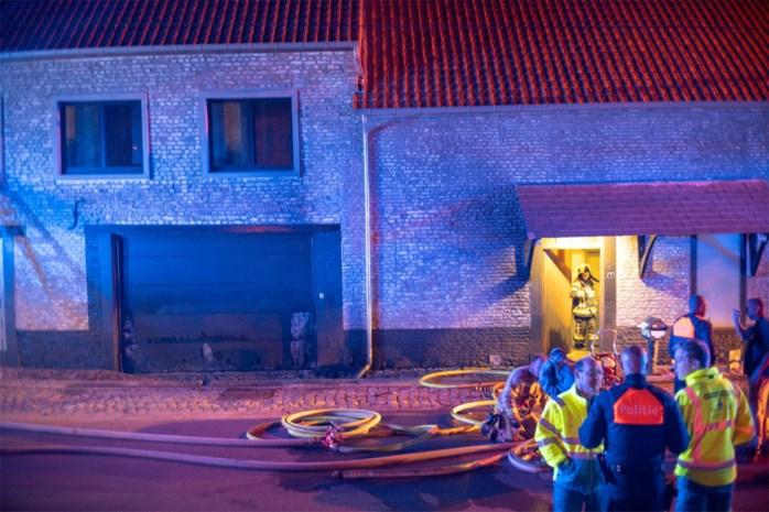 Vandalen proberen hoeve in brand te steken in Hoepertingen
