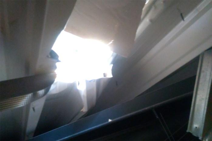 Inbrekers dringen Lommels voedingsbedrijf binnen via gat in dak