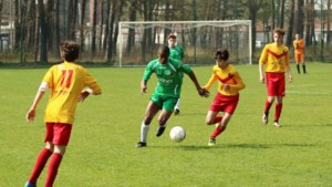 17-jarige Sierra Leoner debuteert bij Sporting Hasselt