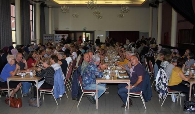 Ontbijt nieuw Lokaal Dienstencentrum Casino lokt 150 nieuwsgierigen
