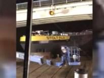 """""""Hou u vast, he Guy! Dat gaat zeer doen…"""": schip ramt werfponton op Albertkanaal"""
