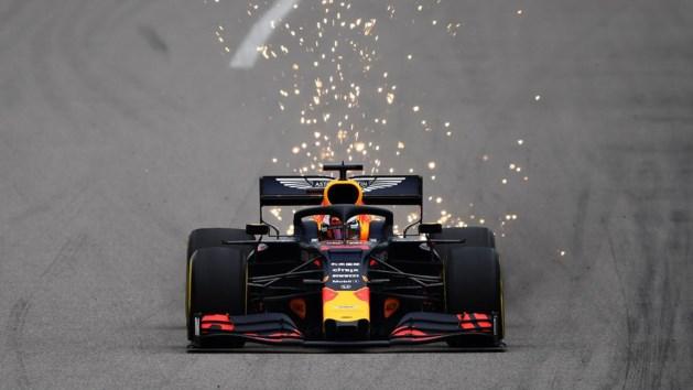 Max Verstappen met voorsprong de snelste tijdens tweede oefensessie GP van Rusland