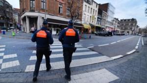 Na klachten van overlast en grimmige sfeer: politie mag iedereen controleren in Hasseltse stationsbuurt
