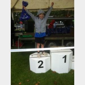 Vic Smolders wint scholenveldloop
