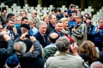 Koning Filip en Poolse president herdenken gesneuvelde soldaten