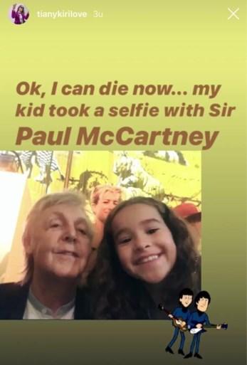 Dochter Tiany Kiriloff strikt Beatle voor selfie