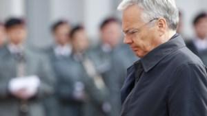 Klokkenluider beschuldigt Reynders van doodsbedreigingen