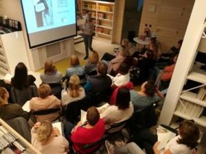 Ann Ceurvels vertelt over 'Etiketjes' in de bib