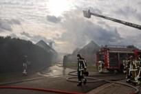 Twee huizen onbewoonbaar na uitslaande brand