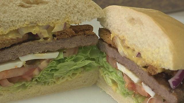 Zonhovense frituur lanceert 'speculaashamburger'
