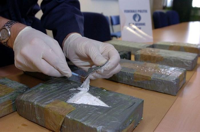 Heroïne- en cocaïnehandelaars moeten 4,2 miljoen euro winst terugbetalen
