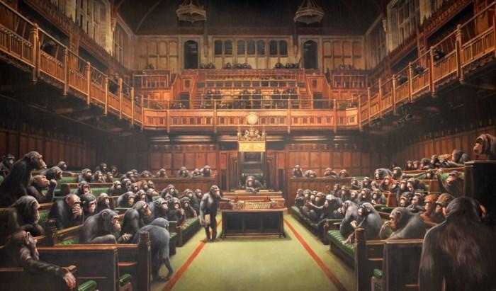 Brits Lagerhuis vol chimpansees van Banksy verkocht voor recordbedrag
