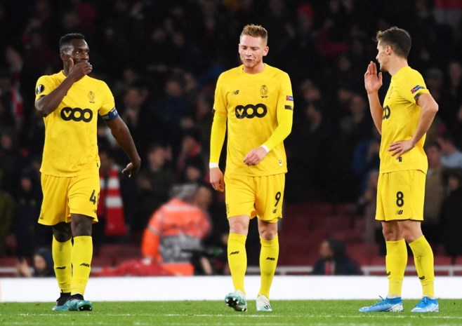 HERBELEEF. Standard haalt 2-0 op tegen Antwerp