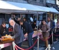 Lanakense Stationsstraat wordt reuze-ontbijttafel