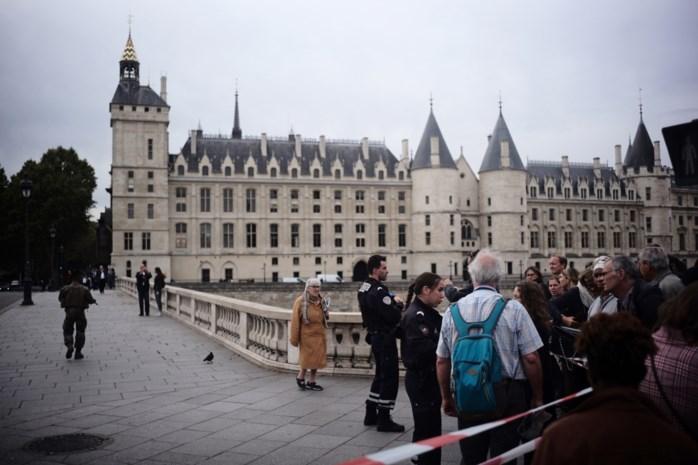 Dader van steekpartij in Parijs had banden met salafisten
