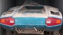 Zeldzame Lamborghini na 40 jaar ontdekt in… container