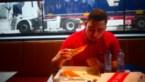 Winnaar Bruno Pizza Challenge eet twee pizza's in 10 minuten