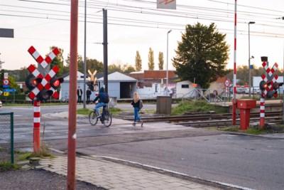 Politie controleert op spoorlopen in Diepenbeek: na twee uur al tien (!) overtredingen
