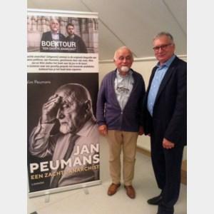 Jan Peumans op bezoek bij het Davidsfonds Bocholt